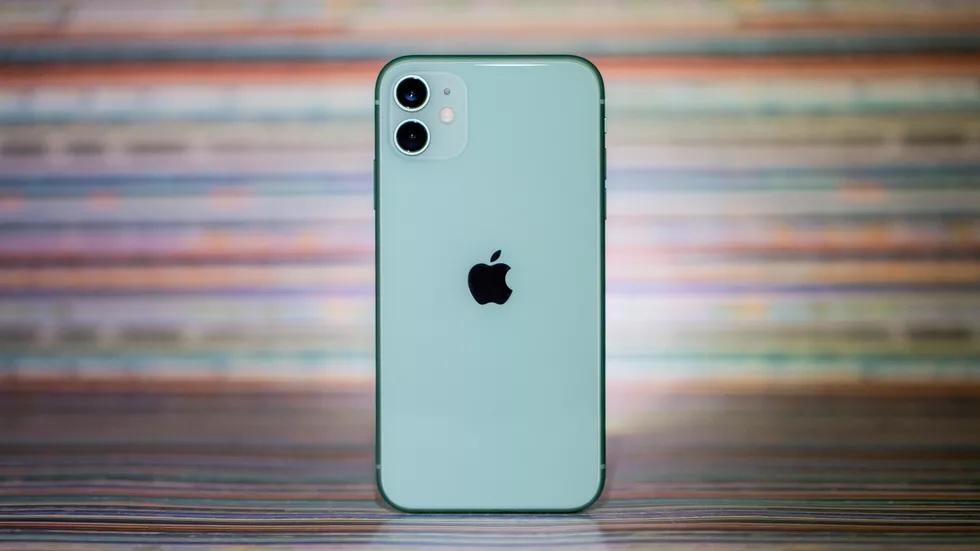 Giá iPhone 11 chạm đáy tại Việt Nam, 13 triệu đã có thể mua-3