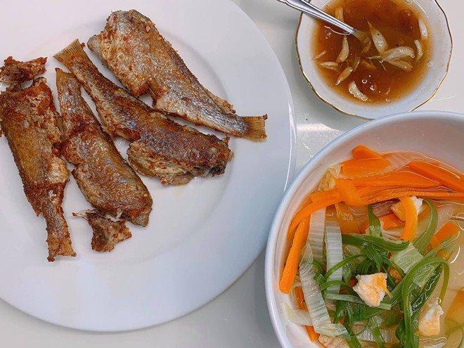 Huy Khánh mất công nấu nhưng vợ không ăn, con gái nói một câu ai nghe cũng mát ruột-15