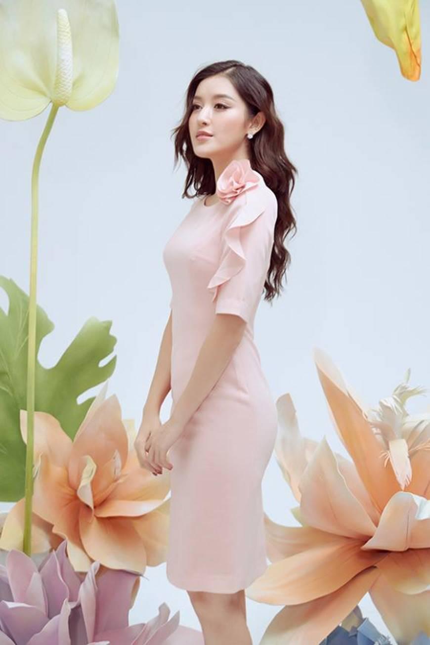 Huyền My thanh lịch ngọt ngào với bộ ảnh nhân ngày Phụ nữ Việt Nam-8