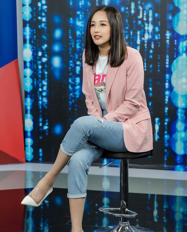 Ngắm street style của 10 sao Việt này cũng rút ra được vài kinh nghiệm mặc blazer mùa lạnh sao cho đẹp-12