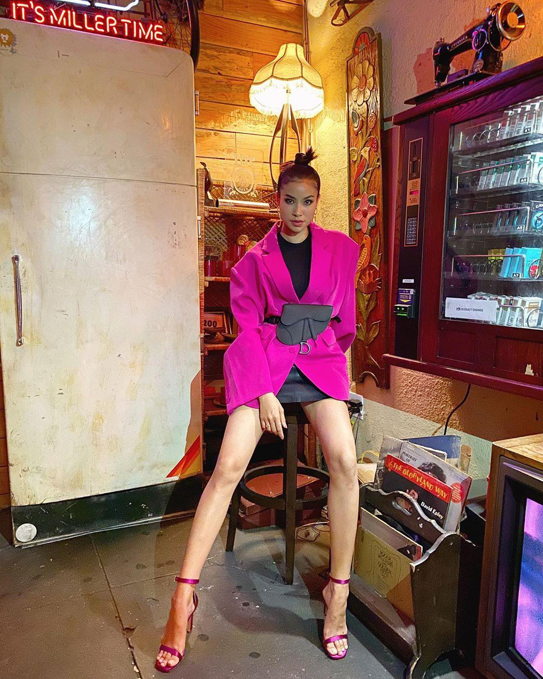 Ngắm street style của 10 sao Việt này cũng rút ra được vài kinh nghiệm mặc blazer mùa lạnh sao cho đẹp-7