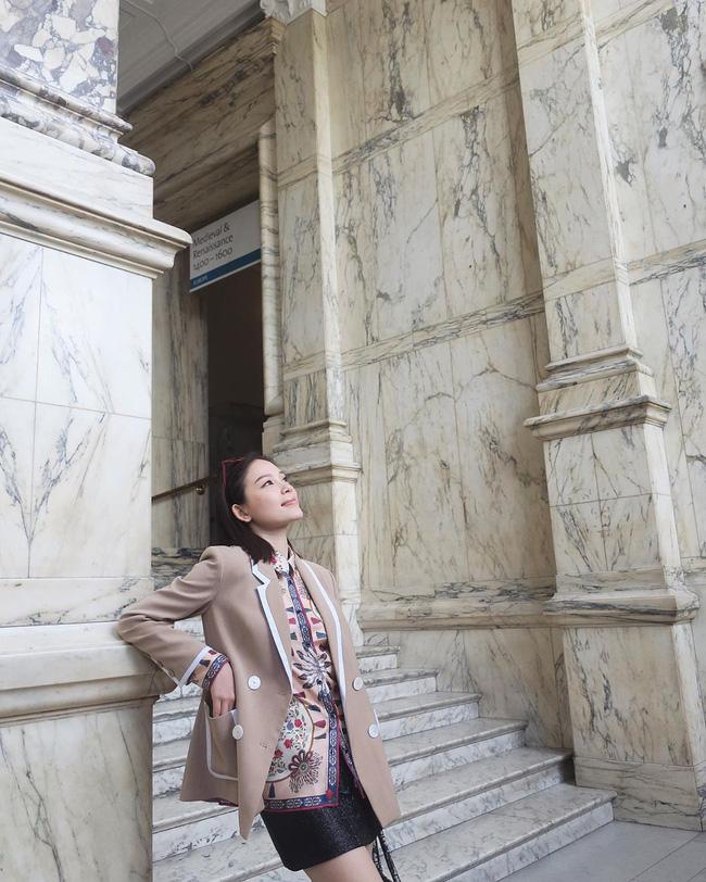 Ngắm street style của 10 sao Việt này cũng rút ra được vài kinh nghiệm mặc blazer mùa lạnh sao cho đẹp-8