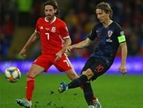 CĐV xứ Wales thành trò cười vì chế nhạo Luka Modric
