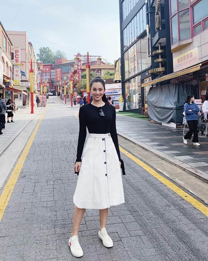 Ảnh khoe nhan sắc đời thường của Hoa hậu Tiểu Vy-2