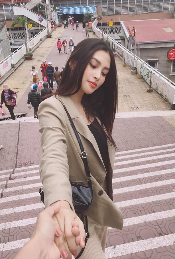 Ảnh khoe nhan sắc đời thường của Hoa hậu Tiểu Vy-6