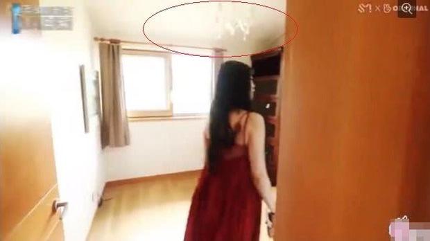 Xót xa khi lật lại hình ảnh bên trong căn nhà của Sulli, chỉ 1 chi tiết khiến fan trực trào nước mắt-3