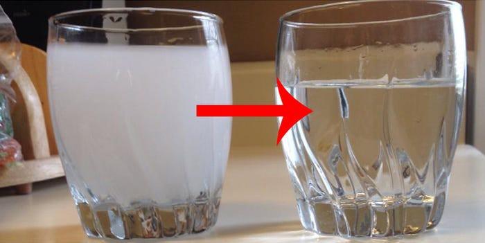 Từ vụ nước sạch ở Hà Nội nhiễm bẩn: Hãy nhìn những dấu hiệu này của nước để tự đánh giá xem nguồn nước nhà bạn an toàn hay không-1