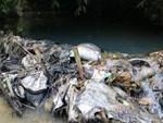 Bất thường đường đi của xe ô tô chở dầu thải đổ xuống nguồn nước sông Đà-6