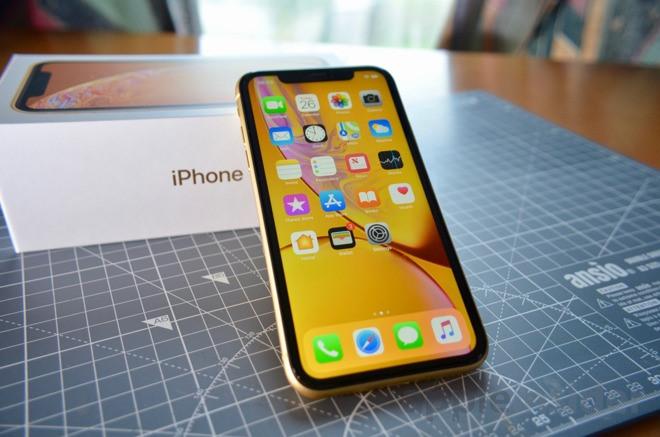 iPhone 11 chạm đáy, giá 13 triệu có nên mua?-2