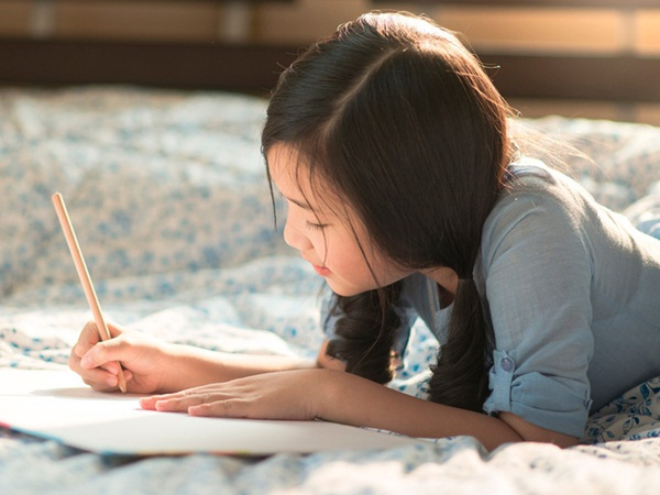 """Kiếp sau con không muốn làm con của mẹ nữa"""" - dòng nhật ký xót xa của một bé gái và câu chuyện buồn đằng sau-4"""