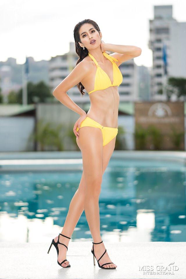 Ảnh áo tắm của dàn thí sinh Hoa hậu Hòa bình bị chỉnh sửa quá tay-12