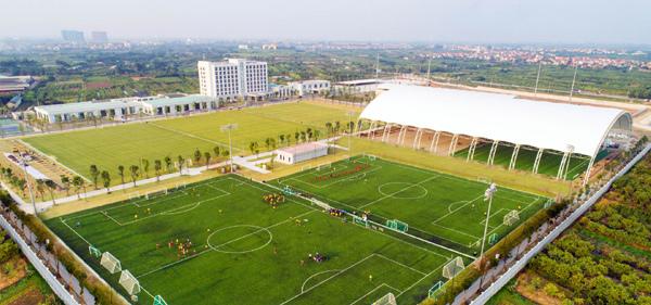 Vingroup bắt tay VFF hỗ trợ phát triển bóng đá Việt Nam-3