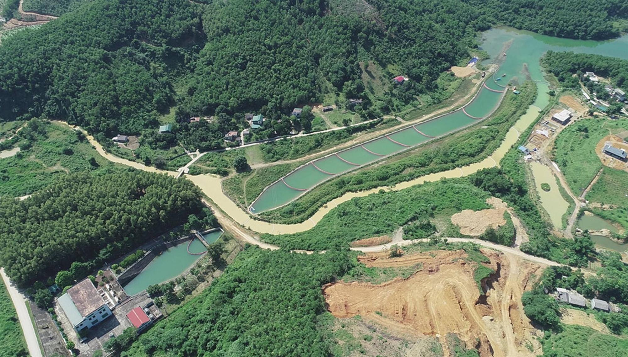 Quá trình xử lý dầu thải ở đầu nguồn nước sông Đà-1