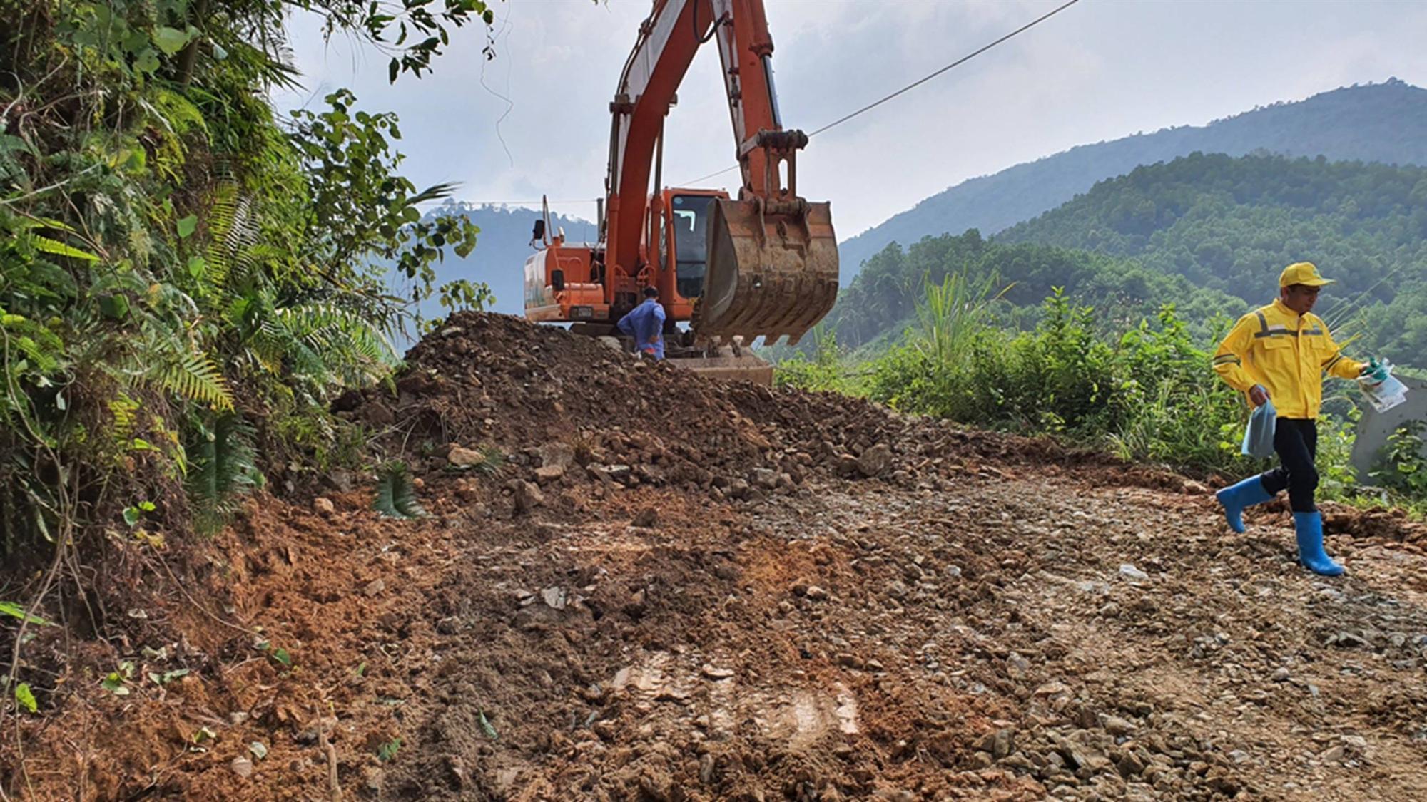 Quá trình xử lý dầu thải ở đầu nguồn nước sông Đà-3