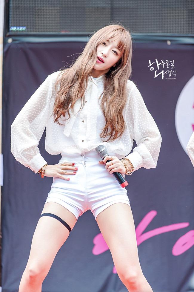 Dây đai ngực, đai chân: Thủ phạm khiến sao Hàn bị dư luận chỉ trích gợi dục-15