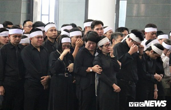 Lời tiễn biệt đẫm nước mắt của anh trai Thứ trưởng Bộ GD&ĐT Lê Hải An-2