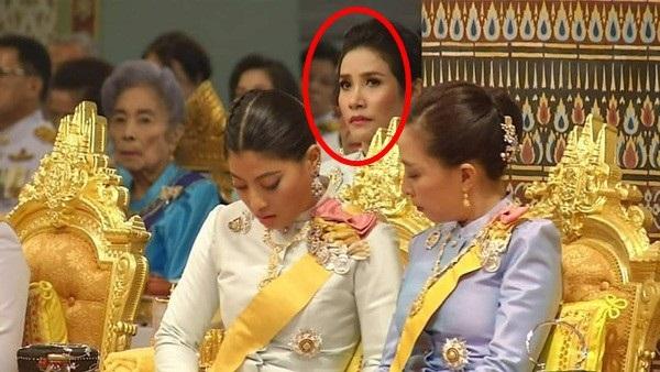 Nhìn lại 3 tháng ngắn ngủi tại vị của Hoàng quý phi Thái Lan mới thấy rõ những điều bất thường từ trước-3