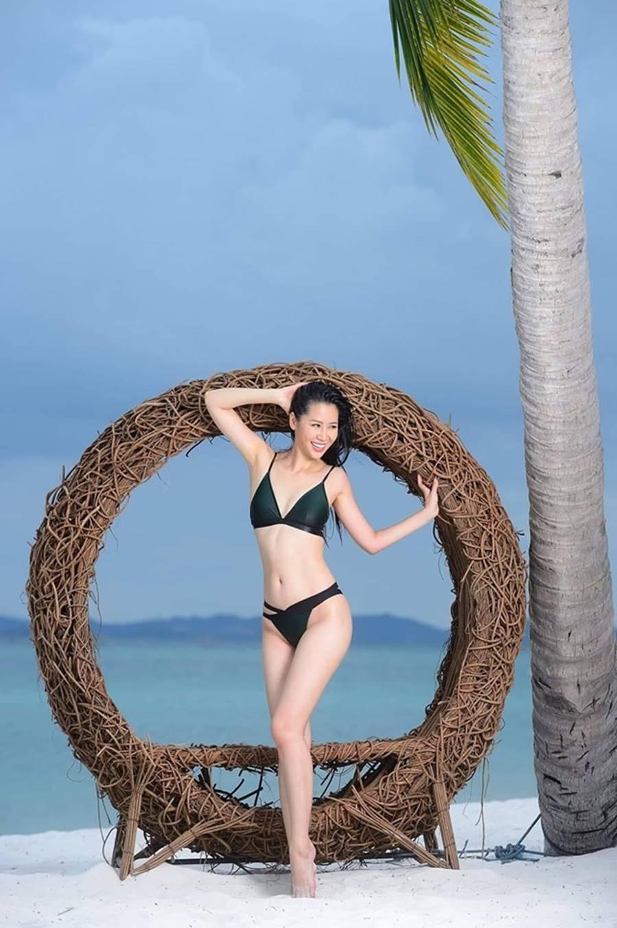Dương Thuỳ Linh nóng bỏng với bikini, trao lại vương miện cho người kế nhiệm-1