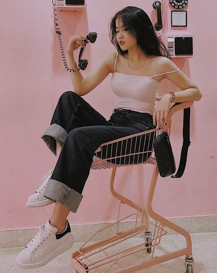 Bạn gái Đoàn Văn Hậu và các hot girl Thái Bình nổi tiếng trên mạng-3