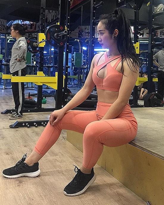 Bạn gái Đoàn Văn Hậu và các hot girl Thái Bình nổi tiếng trên mạng-11