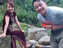 Cô dâu 62 tuổi khoe món quà bất ngờ chồng trẻ tặng bên bờ suối, dân mạng phản ứng ngược
