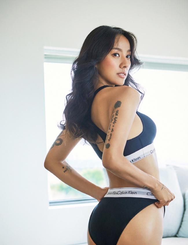4 thánh nữ xăm mình Hàn Quốc mặt xinh, body đặc biệt quyến rũ-16