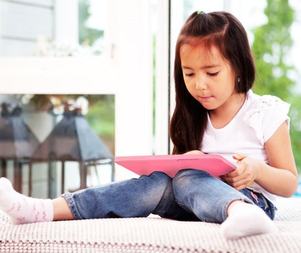 5 bí kíp bảo vệ con cái trên Internet phụ huynh Việt nên biết: Thế giới ảo nhưng nguy hiểm thật!-1