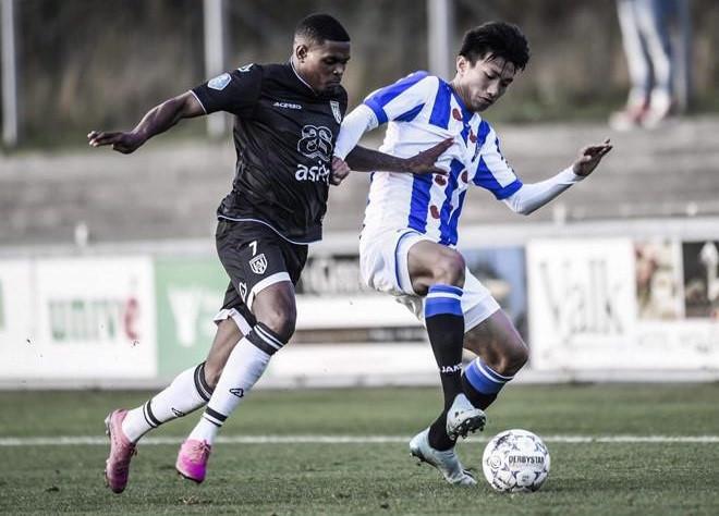 Văn Hậu kiến tạo thành bàn trong chiến thắng của Jong Heerenveen-1