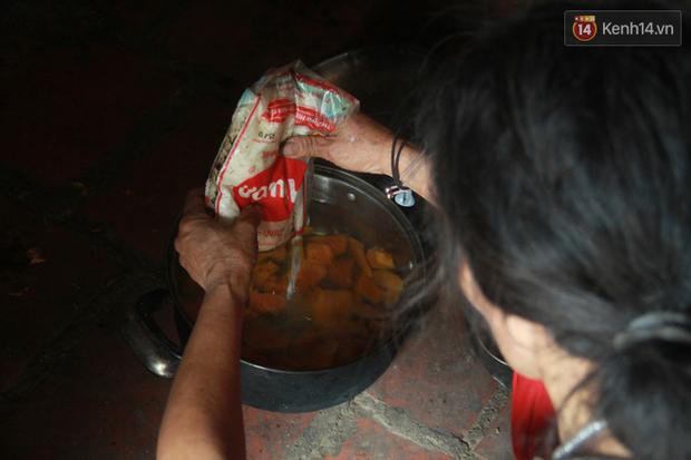 """Xót xa cụ bà 75 tuổi nuôi cả gia đình bị tâm thần và thiểu năng trí tuệ ở Vĩnh Phúc: Tôi khuất núi không biết các cháu sẽ ra sao""""-13"""