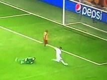 Sao 100 triệu euro của Real Madrid tự biến mình trở thành trò cười với