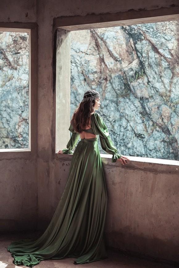 Hồ Ngọc Hà hé lộ hình ảnh đậm chất nữ hoàng u sầu-3