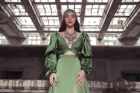 Hồ Ngọc Hà hé lộ hình ảnh đậm chất nữ hoàng u sầu-7