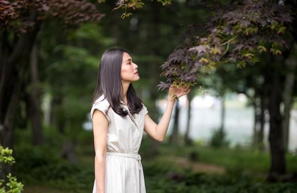 Hoa hậu Dương Mỹ Linh khoe nụ cười như toả nắng giữa trời thu Nhật Bản mộng mơ-1
