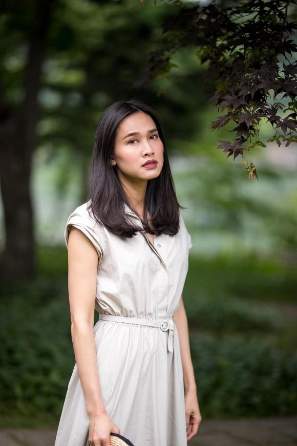 Hoa hậu Dương Mỹ Linh khoe nụ cười như toả nắng giữa trời thu Nhật Bản mộng mơ-2