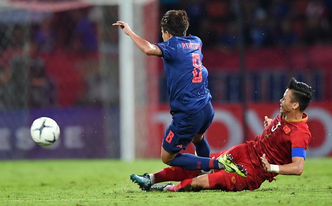 Cầu thủ Thái Lan tát Văn Hậu, đạp Quế Ngọc Hải tiếp tục bị gạch tên khỏi đội tuyển-1