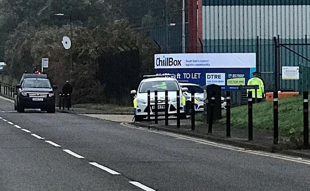 Cảnh sát một lúc tìm thấy 39 thi thể trong xe container, tài xế lập tức bị bắt giữ vì tình nghi là hung thủ giết người hàng loạt-4