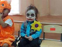 Em bé sáng nhất MXH hôm nay: Khi bạn đã quá mệt mỏi mà vẫn phải hóa trang thành Joker