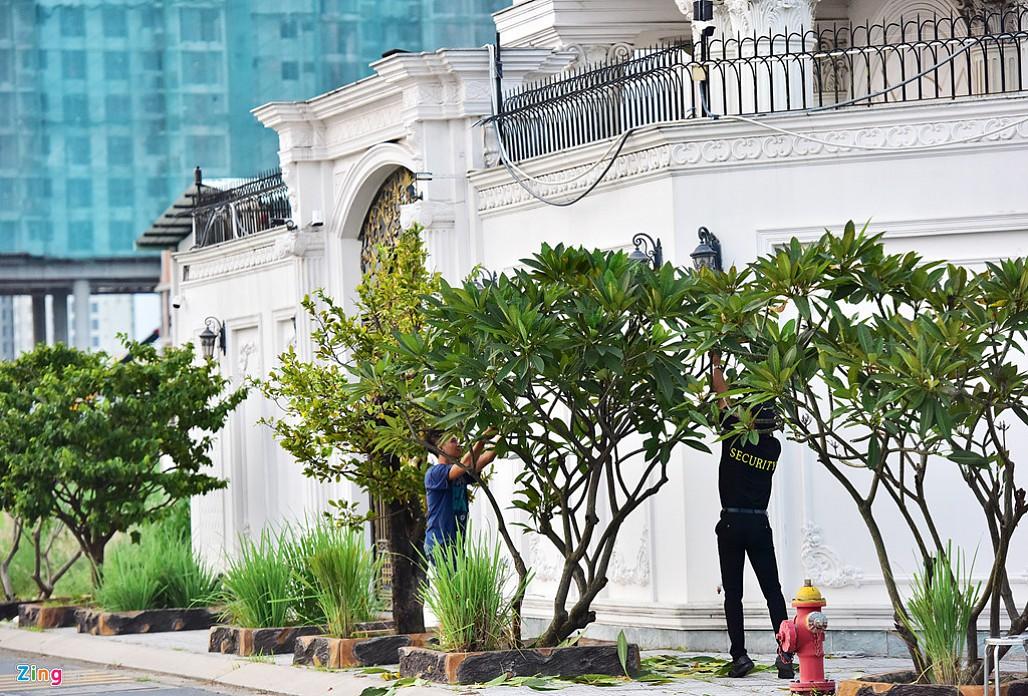 Biệt thự tráng lệ của Lý Nhã Kỳ bên sông Sài Gòn-17
