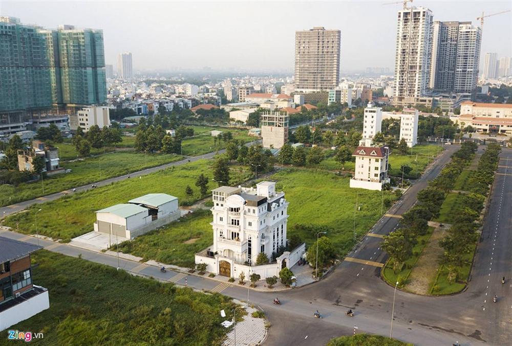 Biệt thự tráng lệ của Lý Nhã Kỳ bên sông Sài Gòn-1