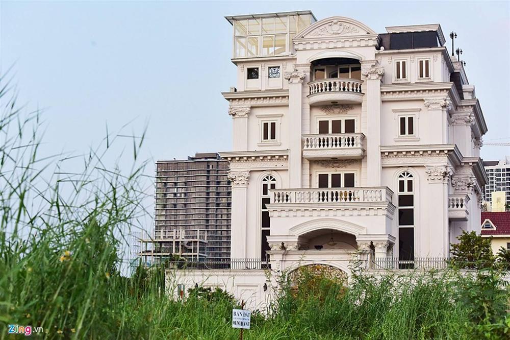 Biệt thự tráng lệ của Lý Nhã Kỳ bên sông Sài Gòn-18
