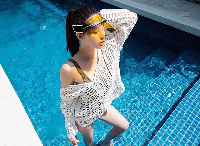 Sau Hồ Hà, đến lượt Hoa hậu con nhà giàu cũng can đảm diện áo tắm nude như khỏa thân-5