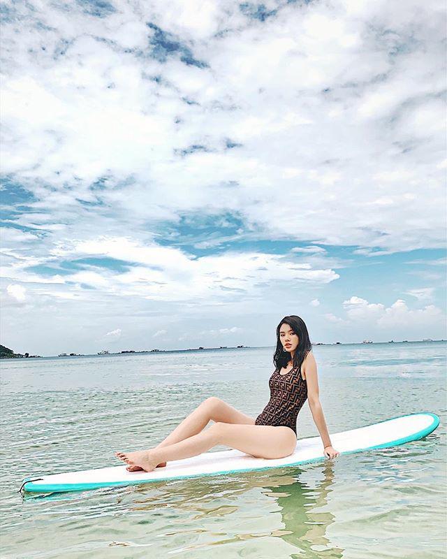 Sau Hồ Hà, đến lượt Hoa hậu con nhà giàu cũng can đảm diện áo tắm nude như khỏa thân-6