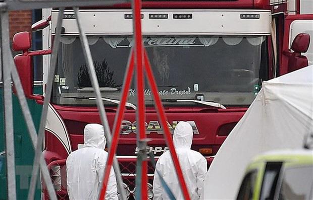 Anh: Chưa xác nhận việc có người Việt Nam trong xe container-1
