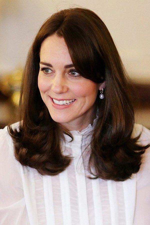 Bí quyết dưỡng da đơn giản đến ngỡ ngàng của những nàng dâu đẹp nhất Hoàng gia Anh-5