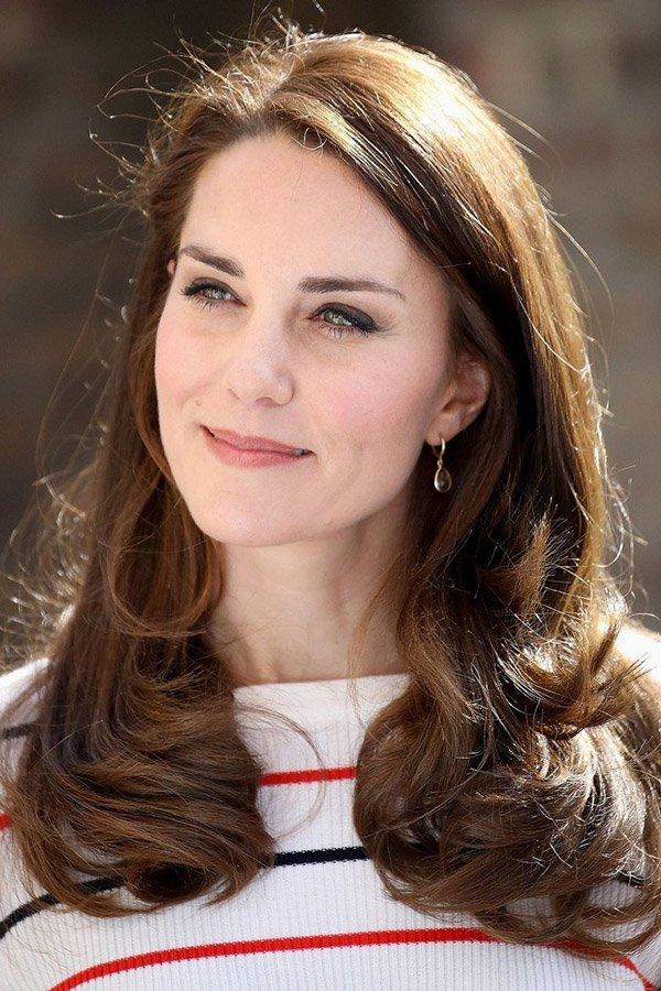 Bí quyết dưỡng da đơn giản đến ngỡ ngàng của những nàng dâu đẹp nhất Hoàng gia Anh-6