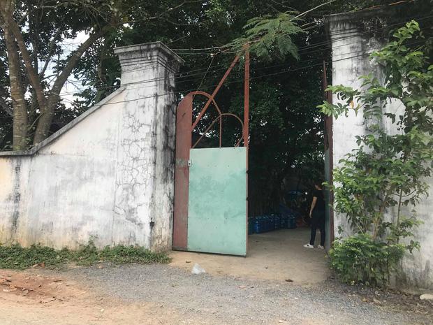 """Đại diện Tịnh thất Bồng Lai"""" nói gì khi bị tố giấu"""" cô gái 22 tuổi khiến người thân vào đập phá, đánh bị thương tu sĩ?-1"""