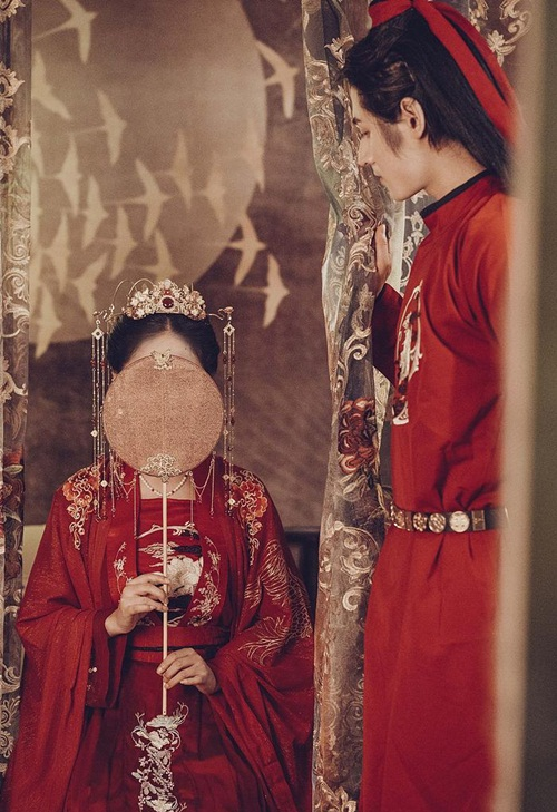 Ngượng ngùng chuyện phòng the khiến các cô dâu thời xưa phải đỏ mặt xin chỉ giáo mẹ đẻ-2