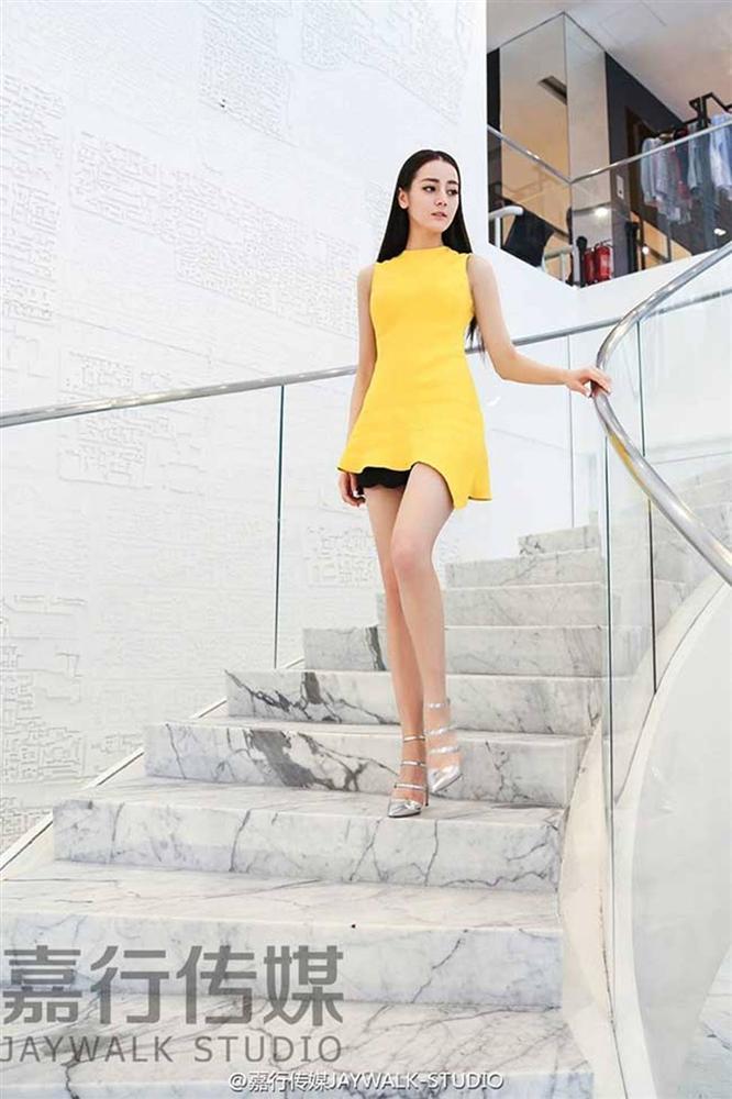 Địch Lệ Nhiệt Ba: Cô gái có thân hình tiệm cận tỷ lệ cơ thể vàng đáng khát khao-10