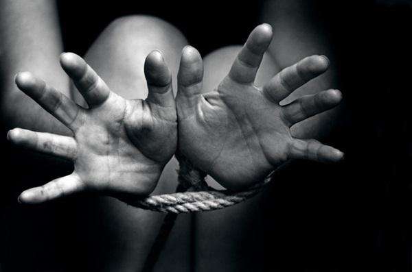 Cuộc đời bi thảm của nạn nhân buôn người: 13 tuổi bị giáo viên cưỡng hiếp, kết hôn theo sự sắp đặt của gia đình và bị chồng bán làm nô lệ tình dục-4