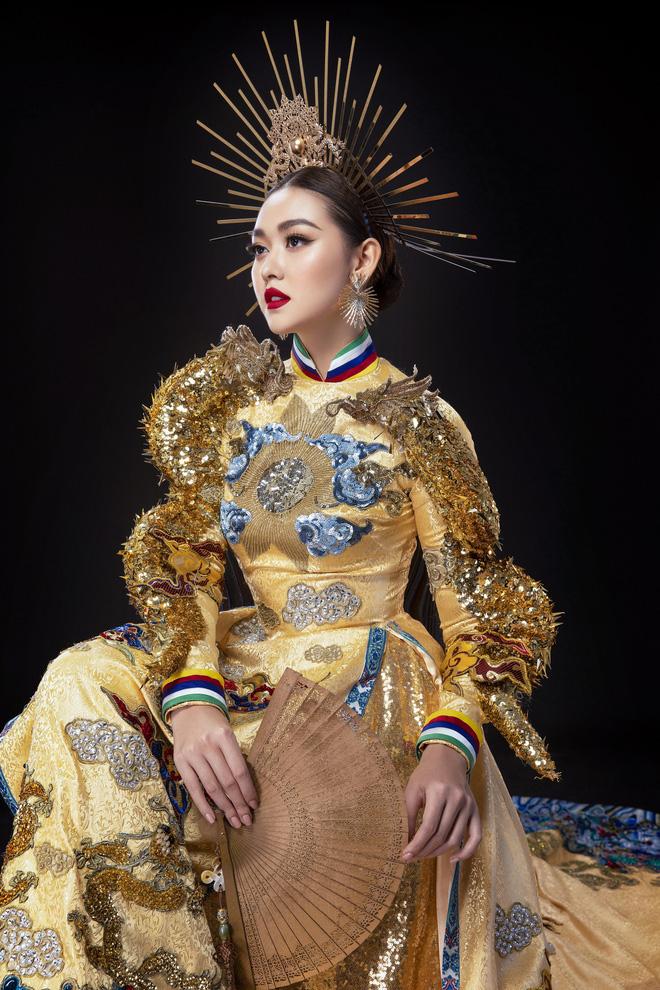 Vừa sang Nhật thi Miss International, Tường San đã tiết lộ hẳn 2 bộ áo dài cực kỳ hoành tráng để thi Quốc phục-5